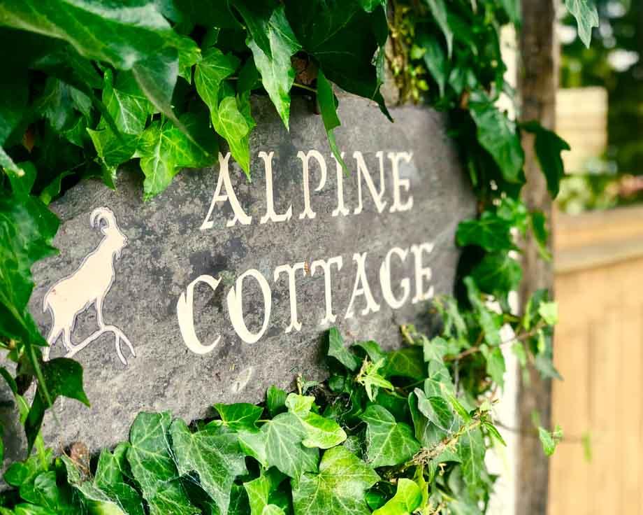 Alpine-Cottage-Couples-Meditation-Yoga-Retreat-Llethrau-2
