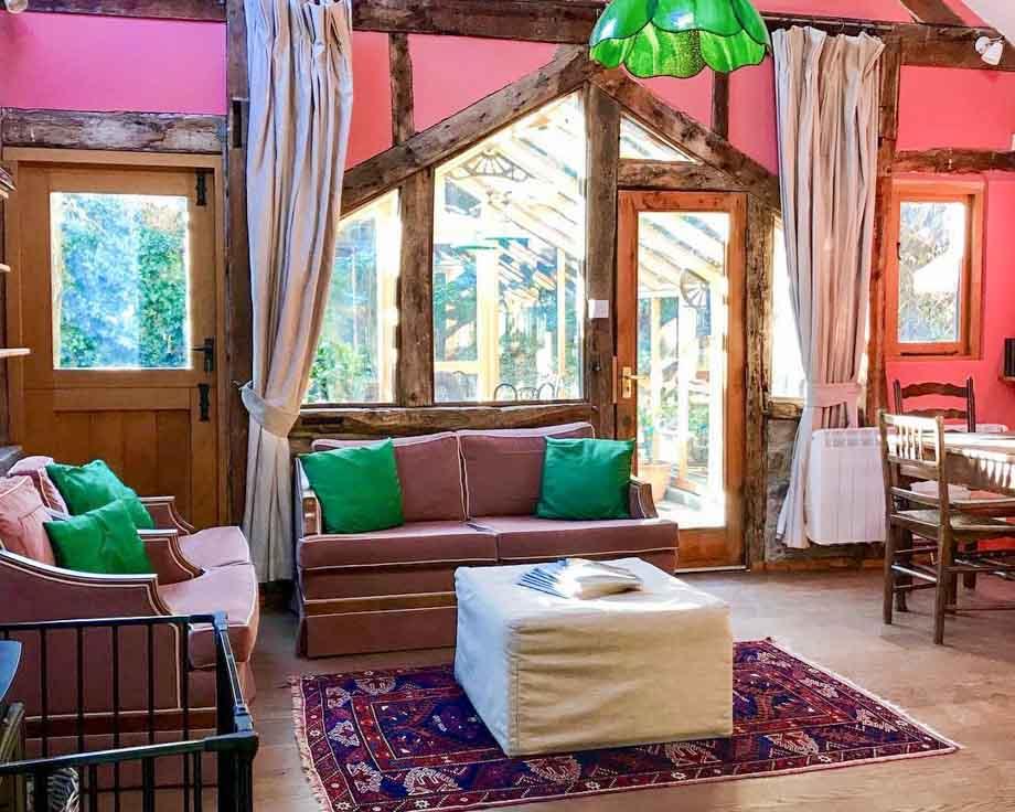 Alpine-Cottage-Couples-Meditation-Yoga-Retreat-Llethrau-9