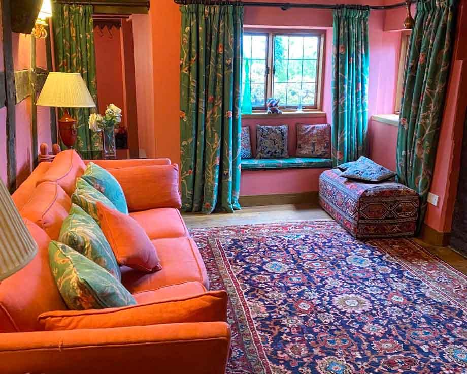 Farm-House-Cottage-Couples-Meditation-Yoga-Retreat-Llethrau-3