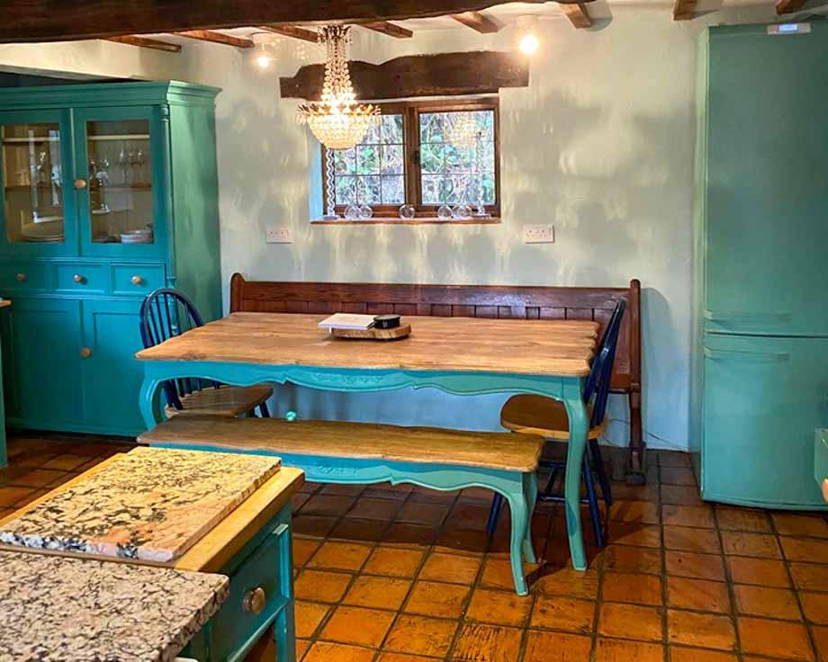Farm-House-Cottage-Couples-Meditation-Yoga-Retreat-Llethrau-6