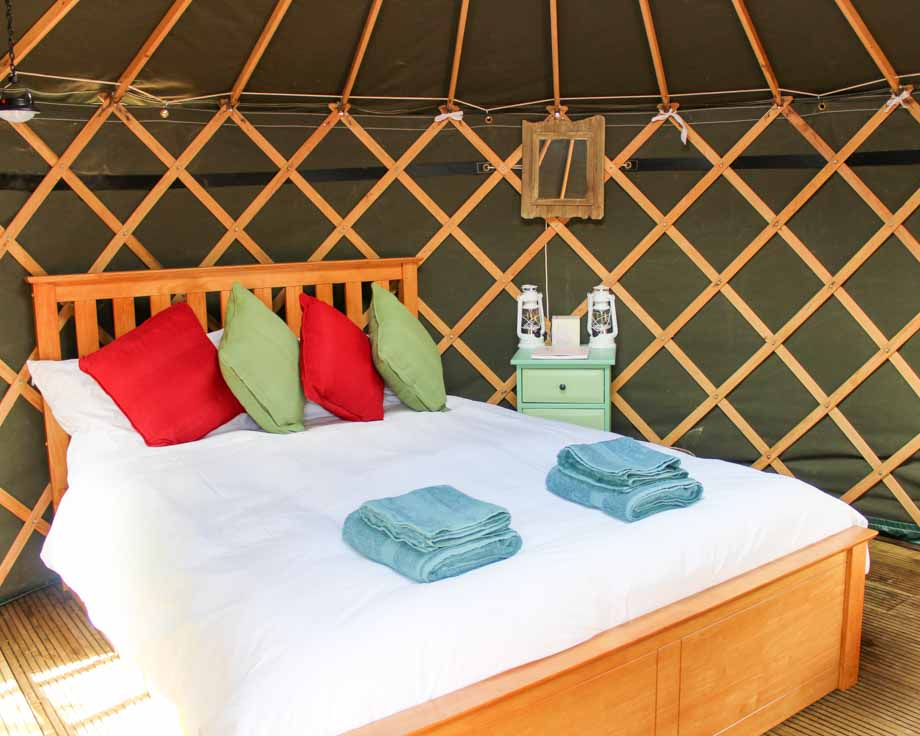 Nomad-Yurt-Couples-Meditation-Yoga-Retreat-Llethrau-1