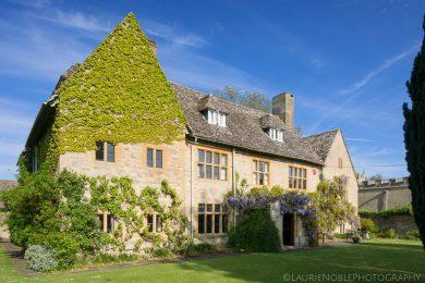 Charney Manor Samadhi Retreat Outside